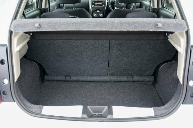 2016 Nissan Micra ST