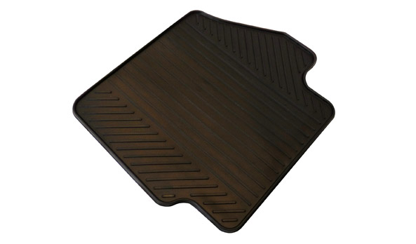 Anti-slip luggage compartment mat