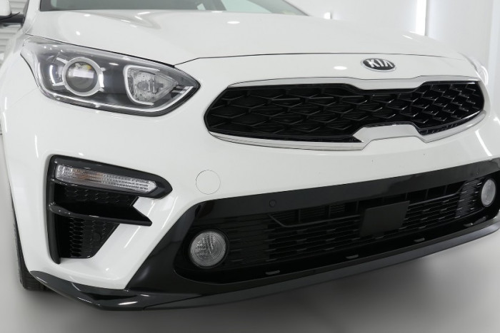 2020 Kia Cerato Hatch BD S with Safety Pack Hatchback Image 22