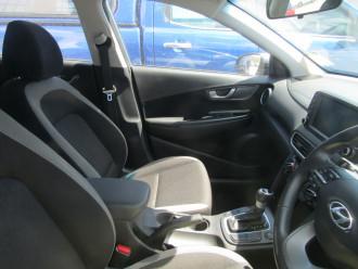 2019 Hyundai Kona OS.2 Active Suv Image 5