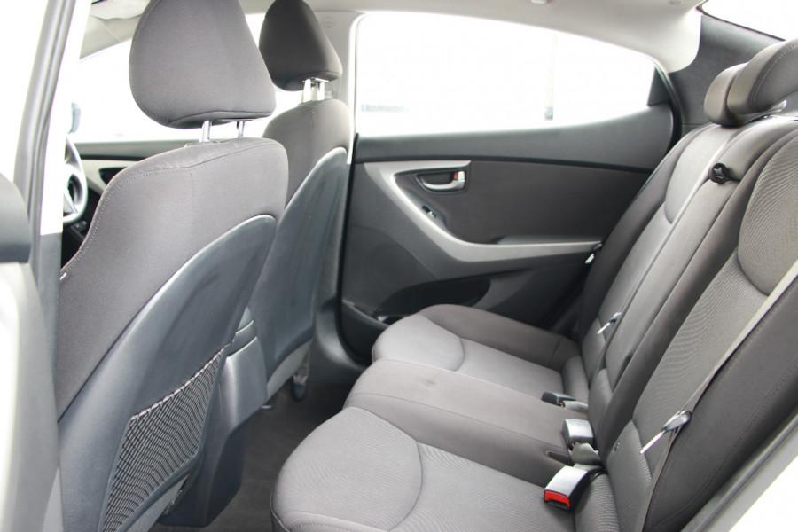 2015 Hyundai Elantra MD3 Active Sedan Image 7