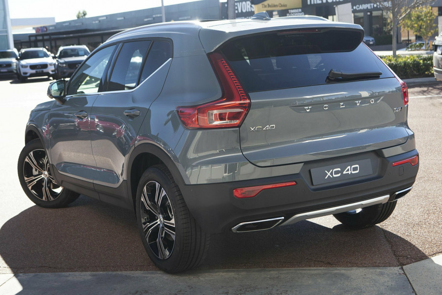 2019 MY20 Volvo XC40 T4 Inscription Suv Mobile Image 2