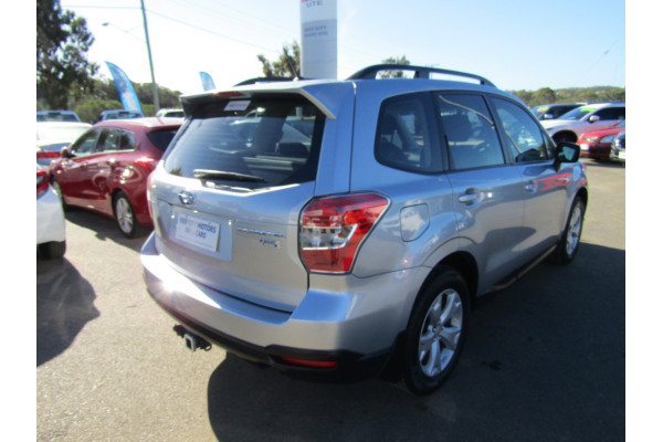 2013 Subaru Forester S4 2.0D Suv Image 5