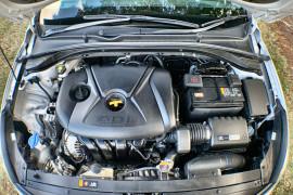 2017 MY18 Hyundai i30 PD Active Hatch Image 3