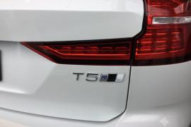 2019 MY20 Volvo V60 T5 R-Design T5 R-Design Wagon