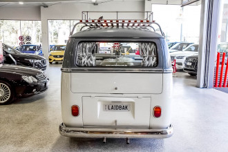1966 Volkswagen Kombi Transporter Type 1 Double Door Van Image 5