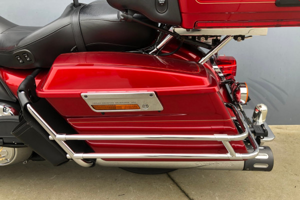 2012 Harley Davidson Ultra Classic Classic Motorcycle Image 4