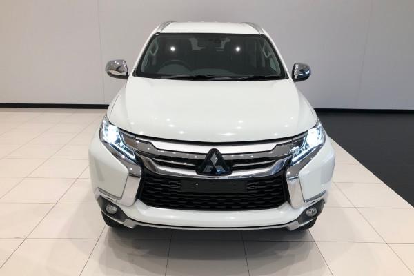 2019 Mitsubishi Pajero Sport QE GLS Awd 5 st wagon Image 3
