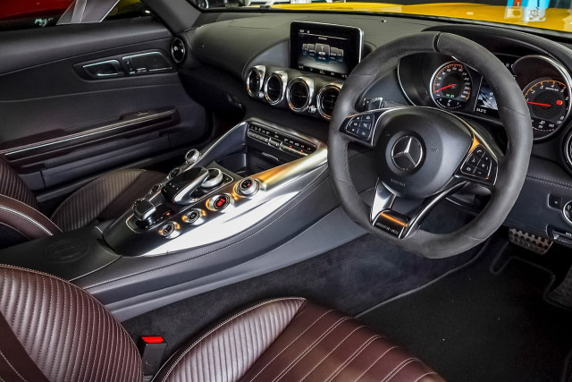 2016 Mercedes-Benz Amg Gt C190 S Coupe Image 6