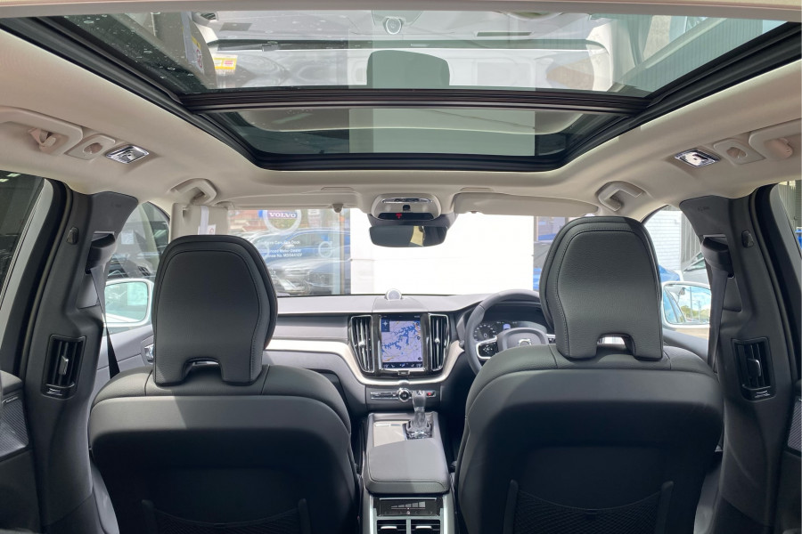 2020 Volvo XC60 UZ D4 Inscription Suv Mobile Image 10
