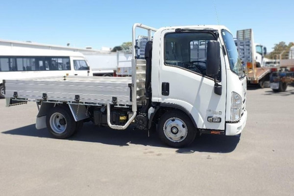 2019 Isuzu Nh Series NH NLR Cab chassis Image 3