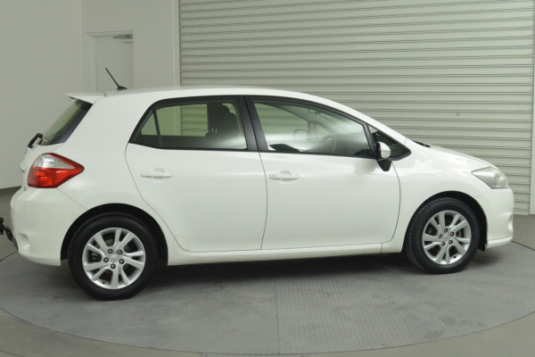 2012 MY11 Toyota Corolla ZRE152R MY11 Ascent Hatchback Image 3