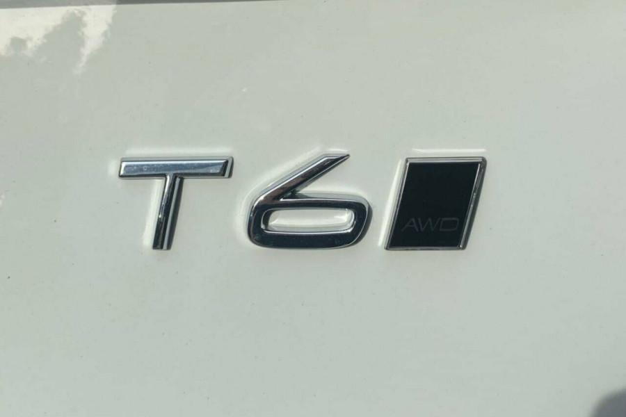 2021 Volvo XC90 L Series T6 Momentum Suv Image 18