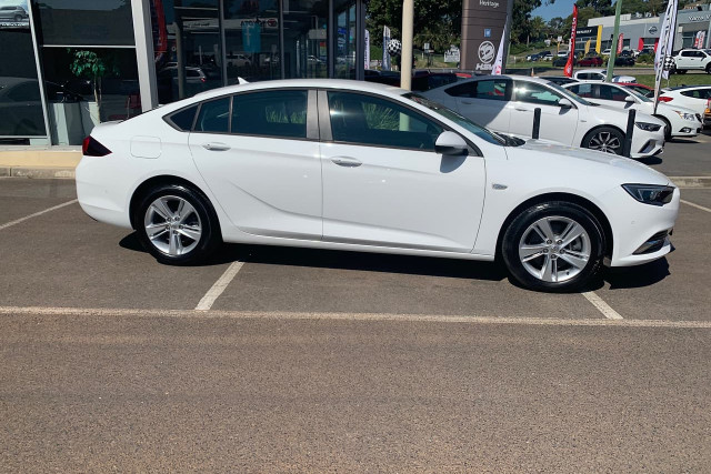 2018 Holden Commodore LT 3 of 19