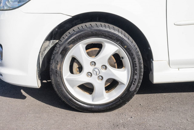 2005 Mazda 2 DY Series 1 Maxx Hatchback Image 19