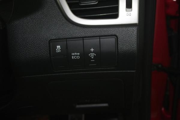 2015 MY16 Hyundai i30 GD3 Series II SR Hatchback