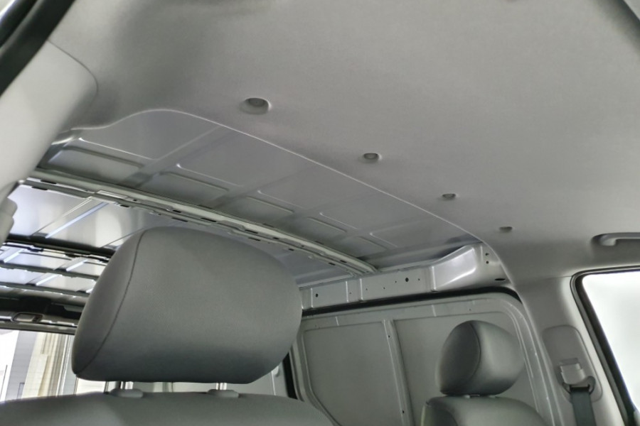2019 Hyundai iLoad TQ4 Van Van Image 18