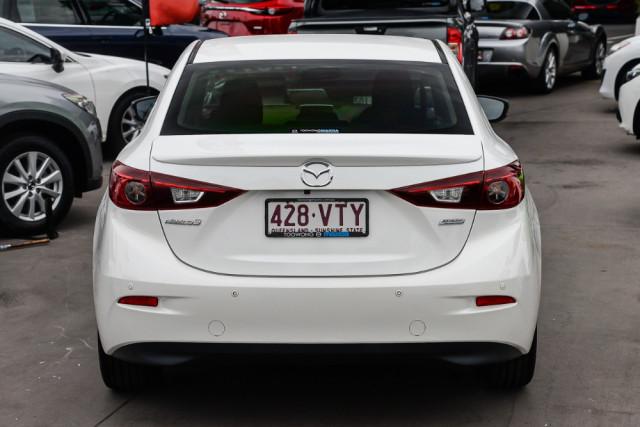 2015 Mazda 3 BM5238 SP25 Sedan Image 4