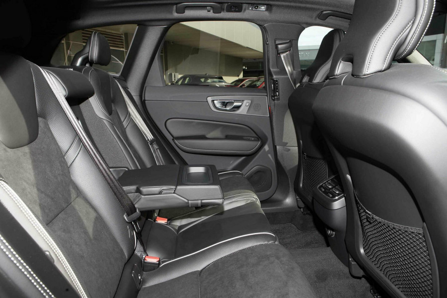 2019 Volvo XC60 UZ D5 R-Design Suv Mobile Image 10