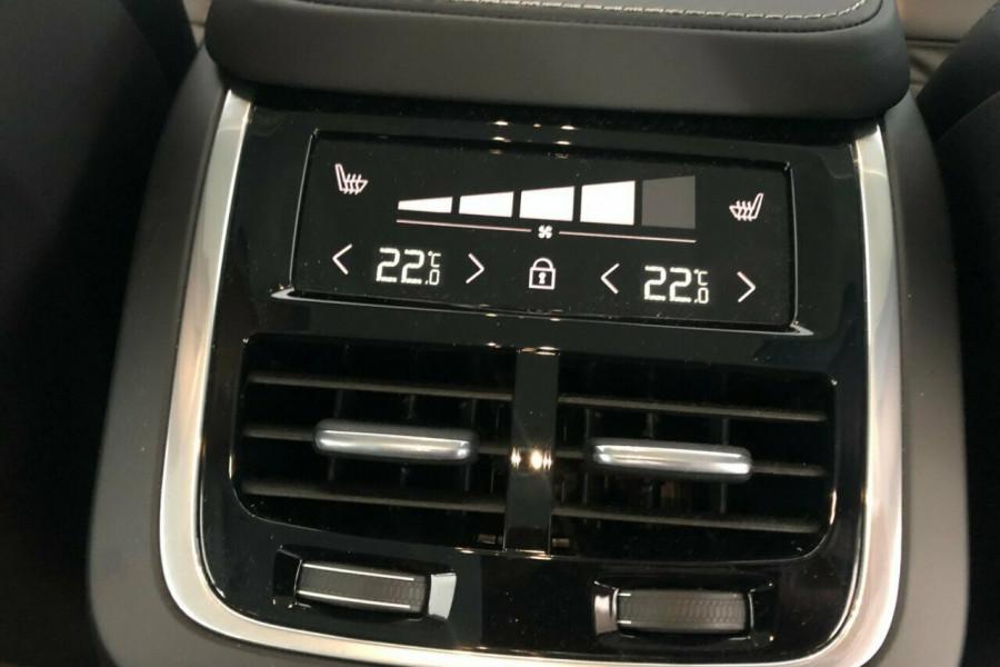 2018 MY19 Volvo XC90 L Series T6 Inscription Suv Mobile Image 19