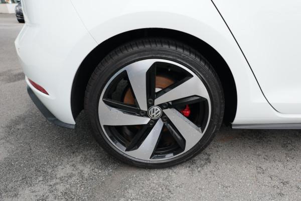 2018 Volkswagen Golf 7.5 GTi Hatch Image 5