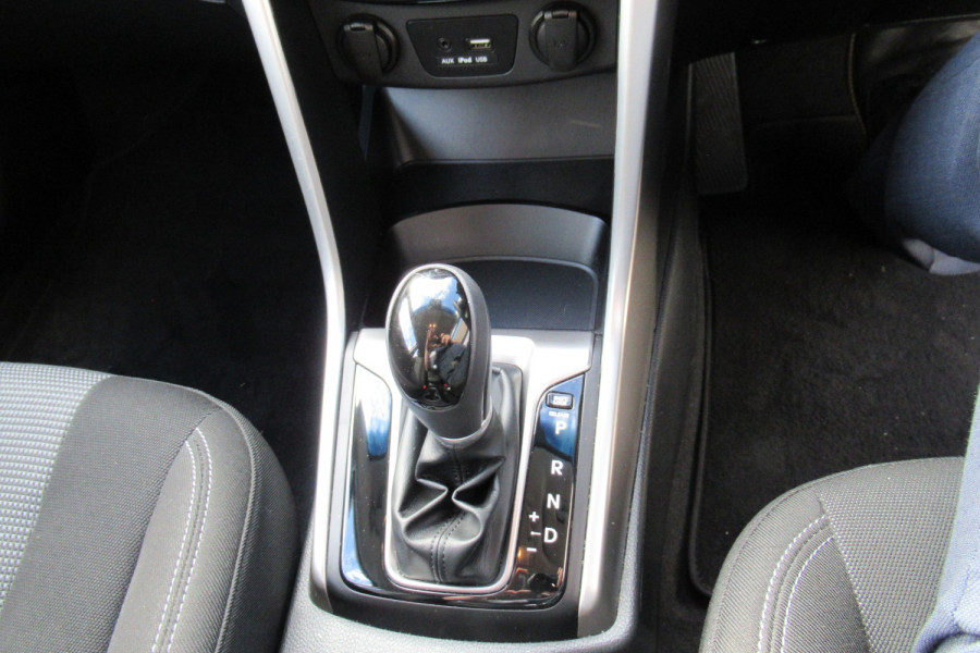 2016 MY17 Hyundai I30 GD4 SERIES II MY17 ACTIVE Hatch Image 14
