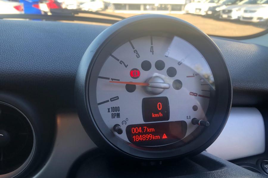 2013 Mini Hatch Hatchback Image 19