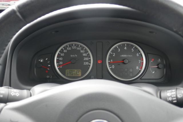 2002 Nissan Pulsar Hatchback 14 of 16