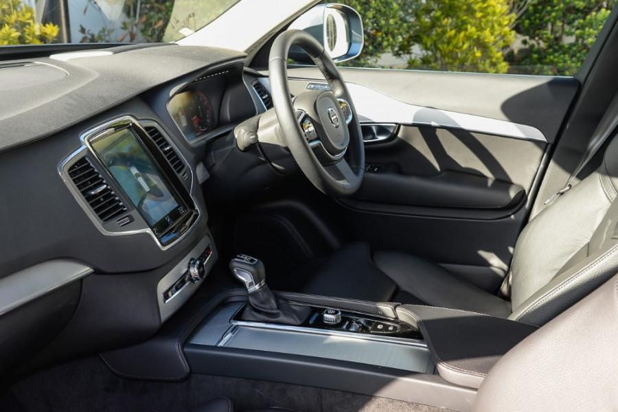 2018 MY19 Volvo XC90 L Series T6 Momentum Suv Mobile Image 8