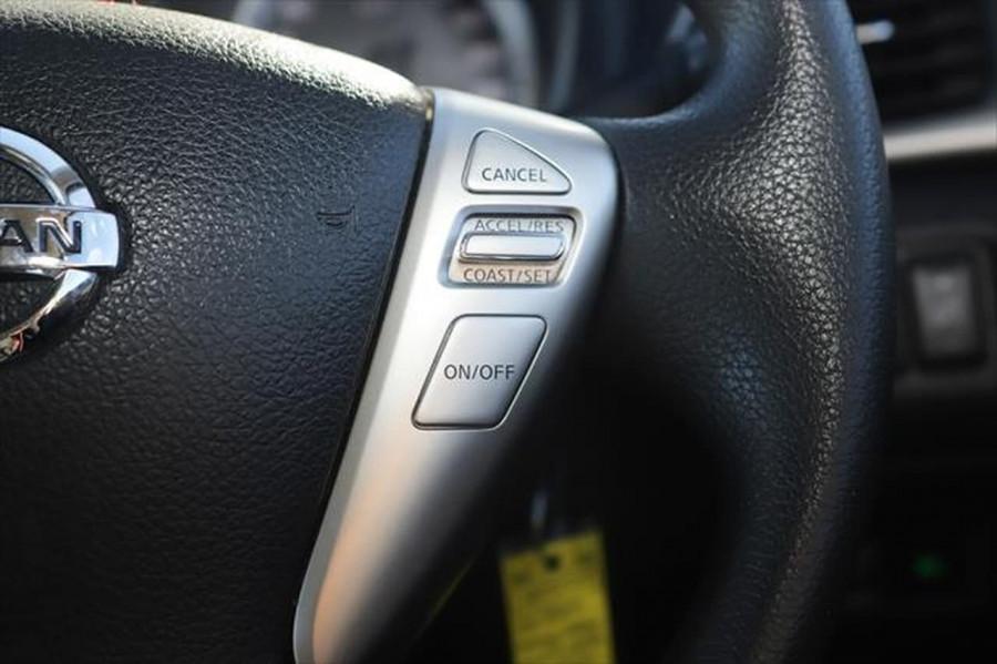 2014 Nissan Pulsar C12 ST Hatchback Image 19