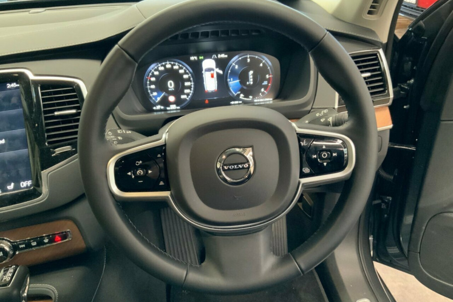 2018 MY19 Volvo XC90 256 MY19 D5 Inscription (AWD) Suv Mobile Image 17