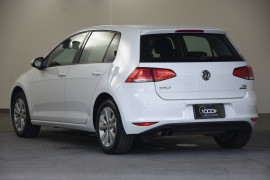 2013 MY14 Volkswagen Golf VII 90TSI Hatch Image 3