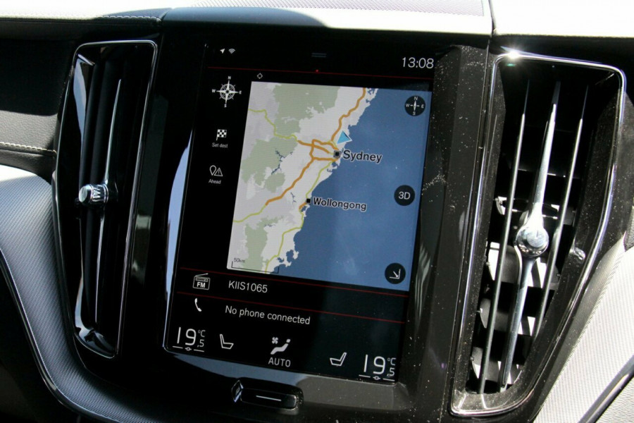 2018 MY19 Volvo XC60 UZ D5 R-Design Suv Mobile Image 14