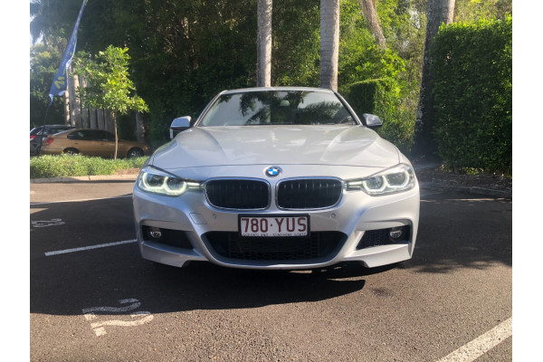 2017 BMW 3 Series F30 LCI 330i M Sport Sedan Image 4