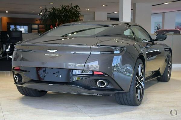 2018 Aston martin Db11 V8 Coupe Image 4