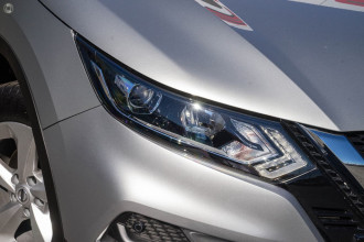 Nissan QASHQAI ST J11 Series 3