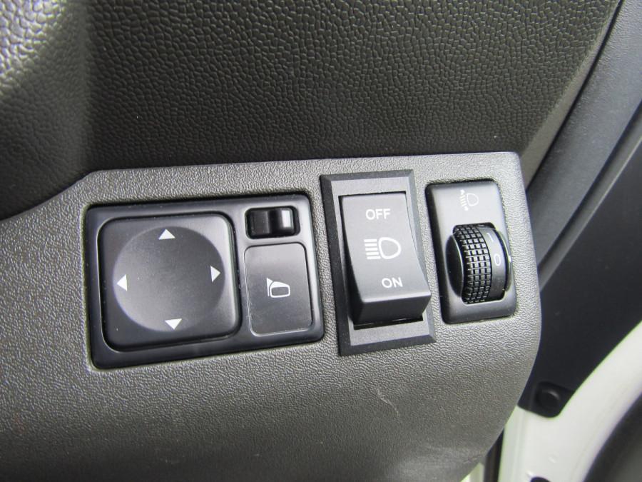 2013 MY12 Nissan Navara D40 S6 MY12 ST Utility Image 19