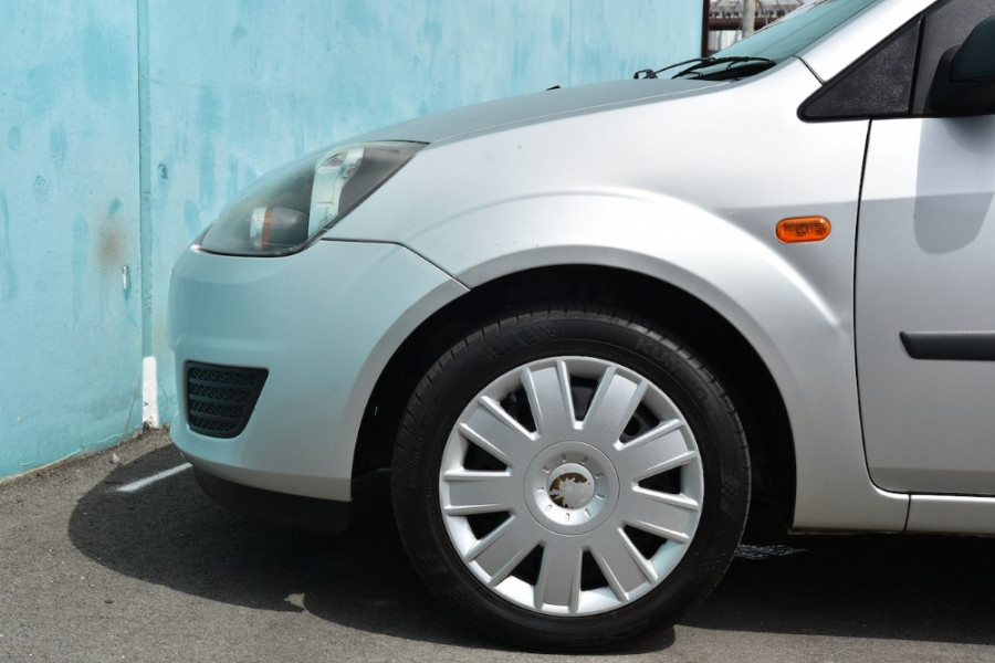 2006 Ford Fiesta WQ LX Hatchback Image 5