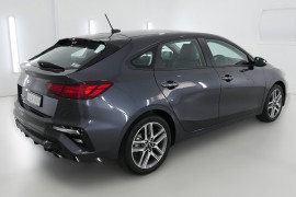 2019 Kia Cerato Hatch BD Sport Plus with Safety Pack Hatchback Image 2