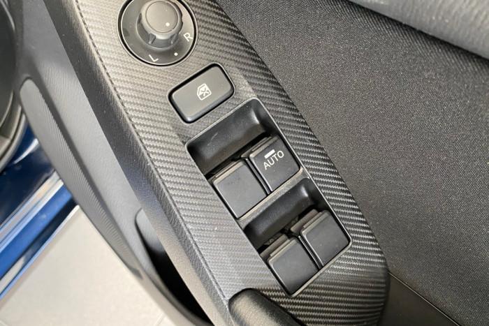 2015 Mazda 3 BM5278 Neo Sedan Image 14