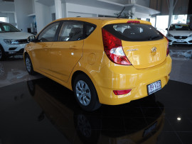 2015 Hyundai Accent RB2 MY15 Active Hatchback Image 5