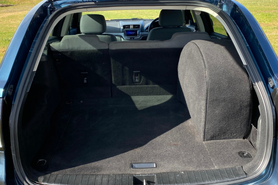 2012 Holden Commodore VE II MY12 SV6 Wagon Image 16