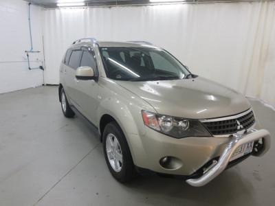 Mitsubishi Outlander Activ