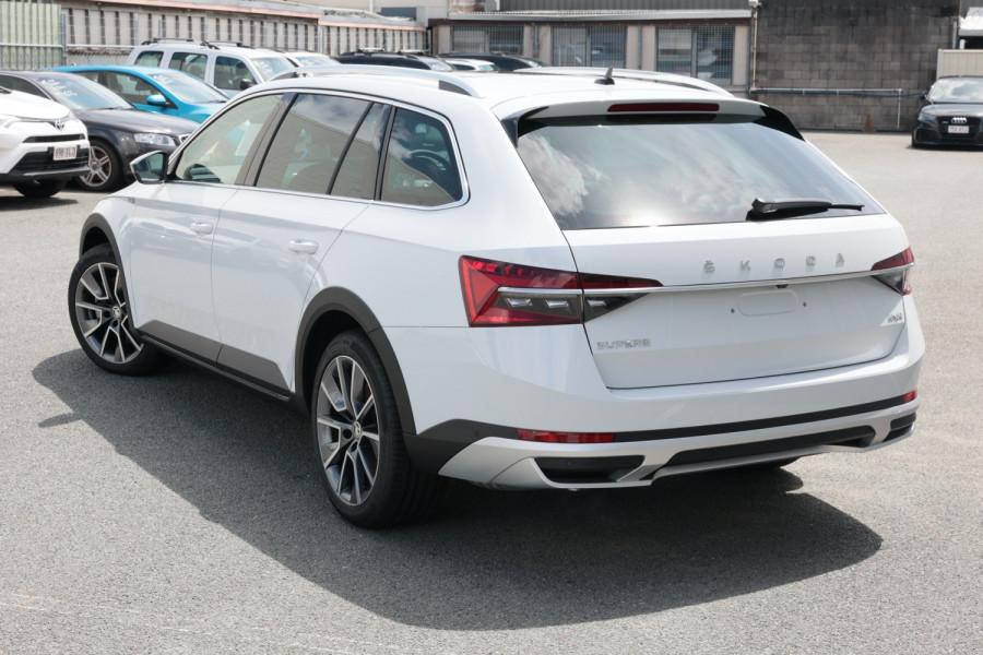 2020 MY21 Skoda Superb Wagon Image 3