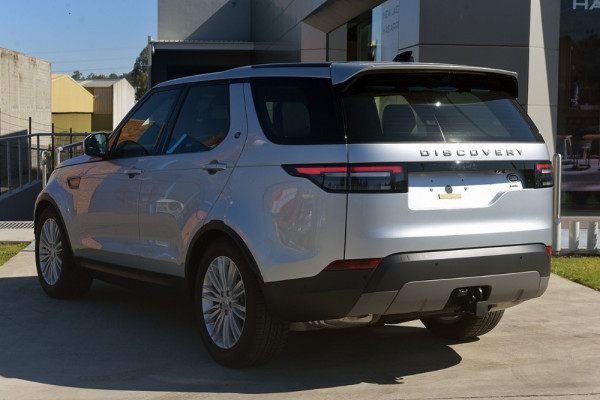 2018 MY19 Land Rover Discovery Series 5 SE Suv Image 4