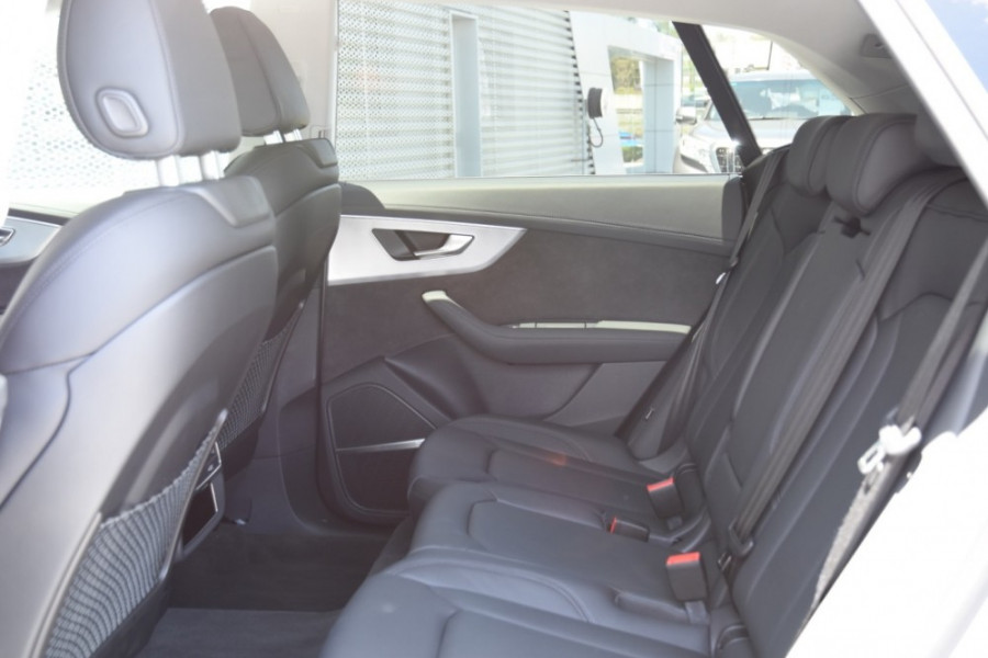 2019 Audi Q8 Suv Image 7