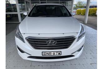 2017 Hyundai Sonata LF3  Active Sedan Image 2