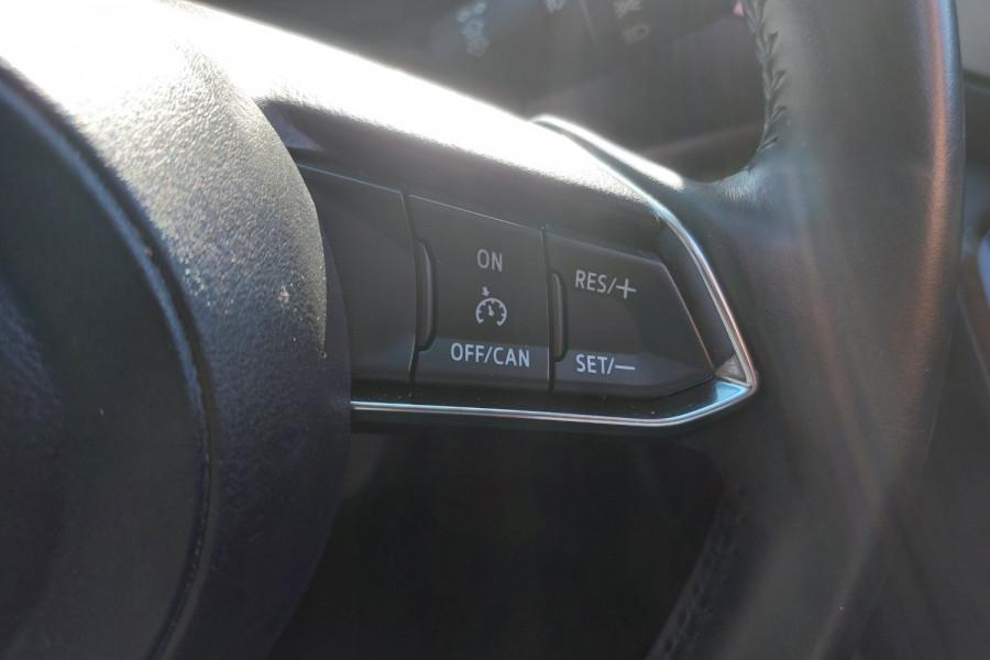 2015 Mazda 3 BM5436 SP25 Hatchback Image 20