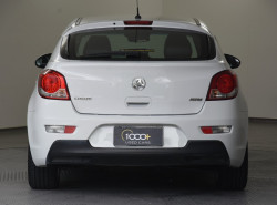 2013 Holden Cruze Vehicle Description. JH  II MY13 SRI HATCH 5DR SA 6SP 1.4T SRi Hatchback Image 4