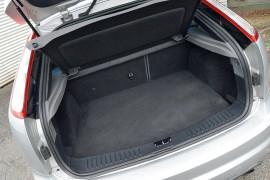 2010 Ford Focus LV XR5 TURBO Hatchback image 19
